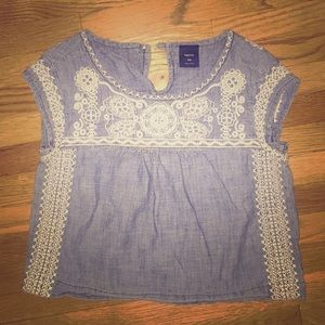 Embroidered summer top! - Must go by June 26